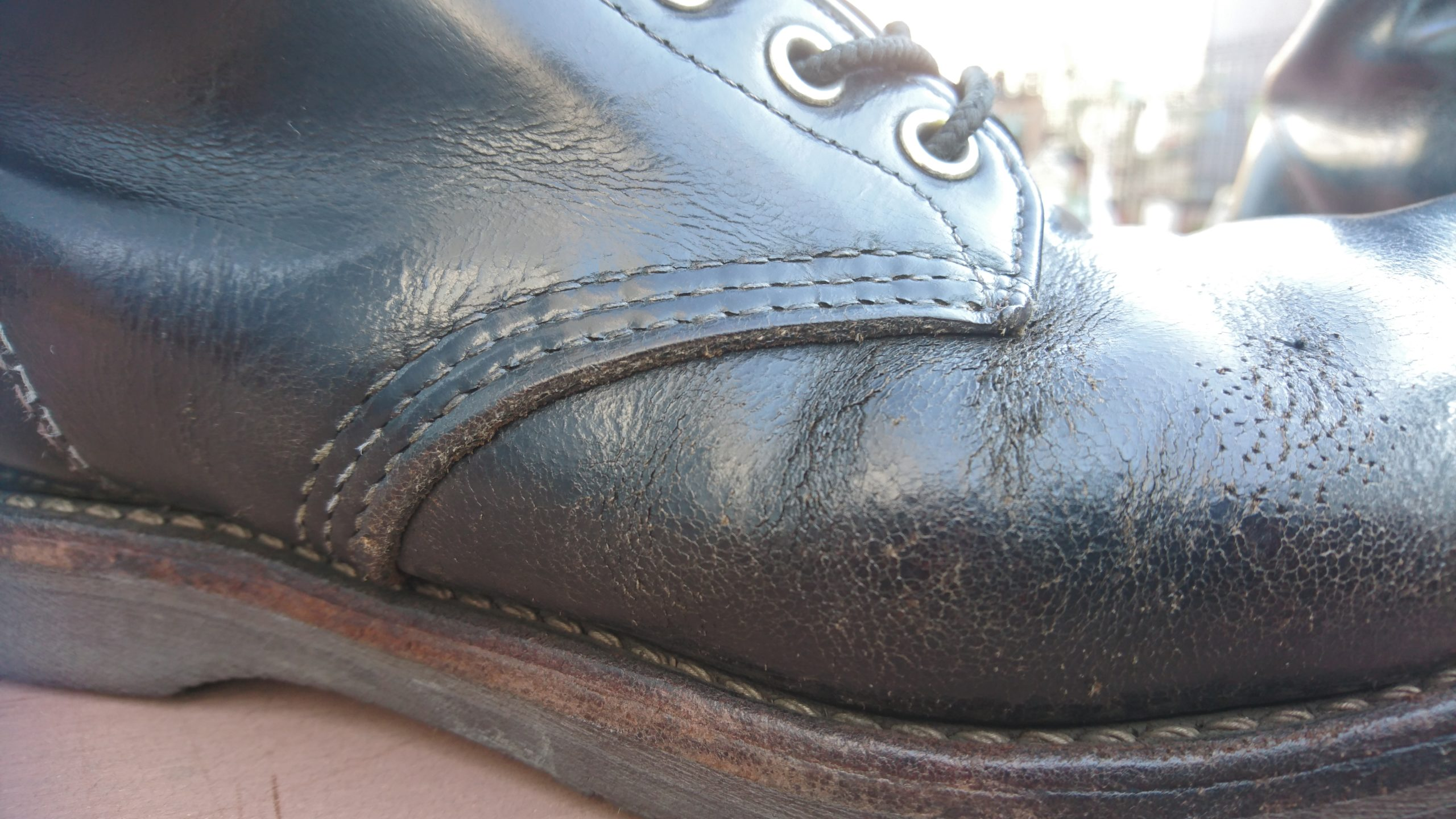ひび割れたブーツ6