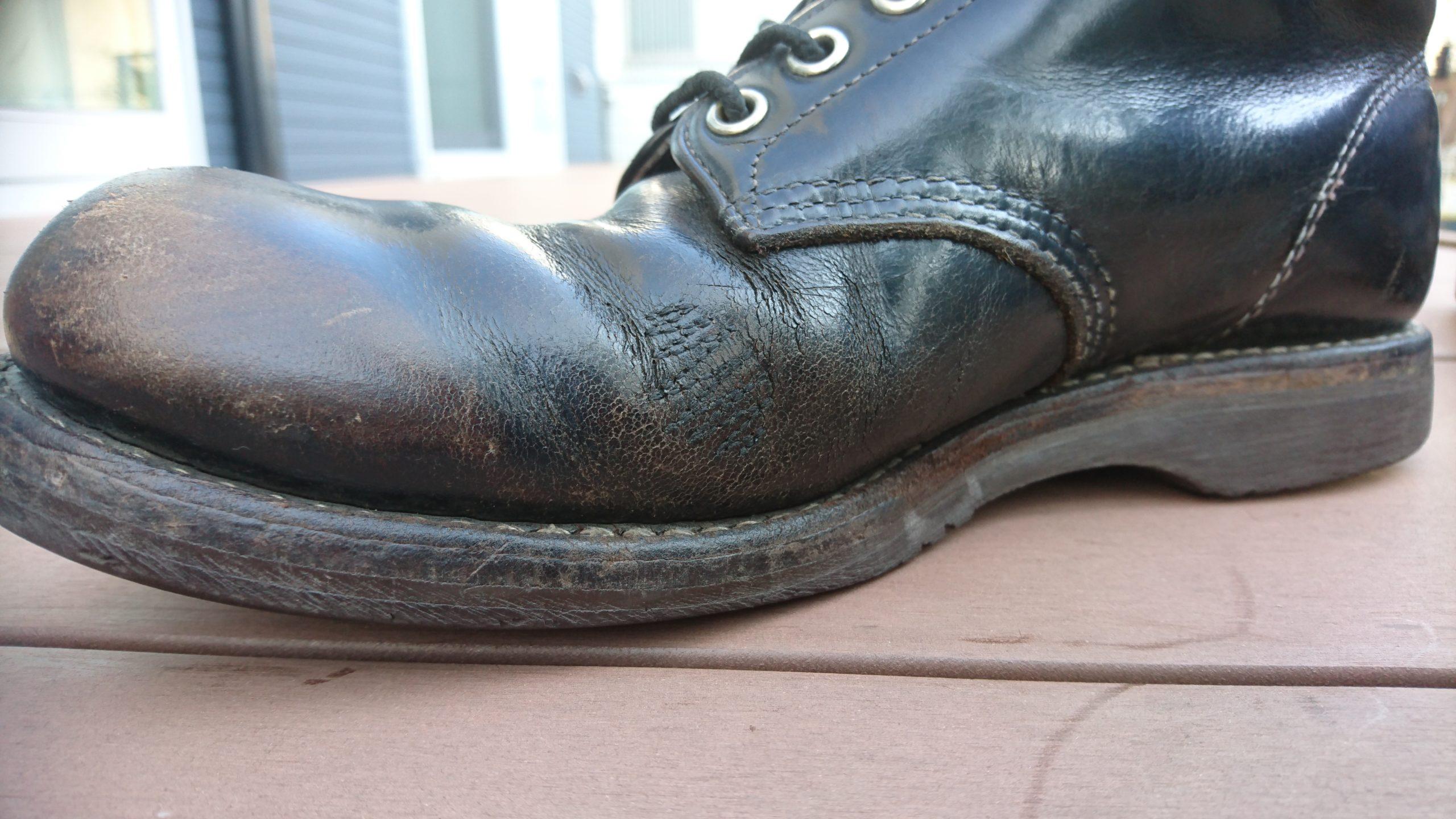 ひび割れたブーツ5