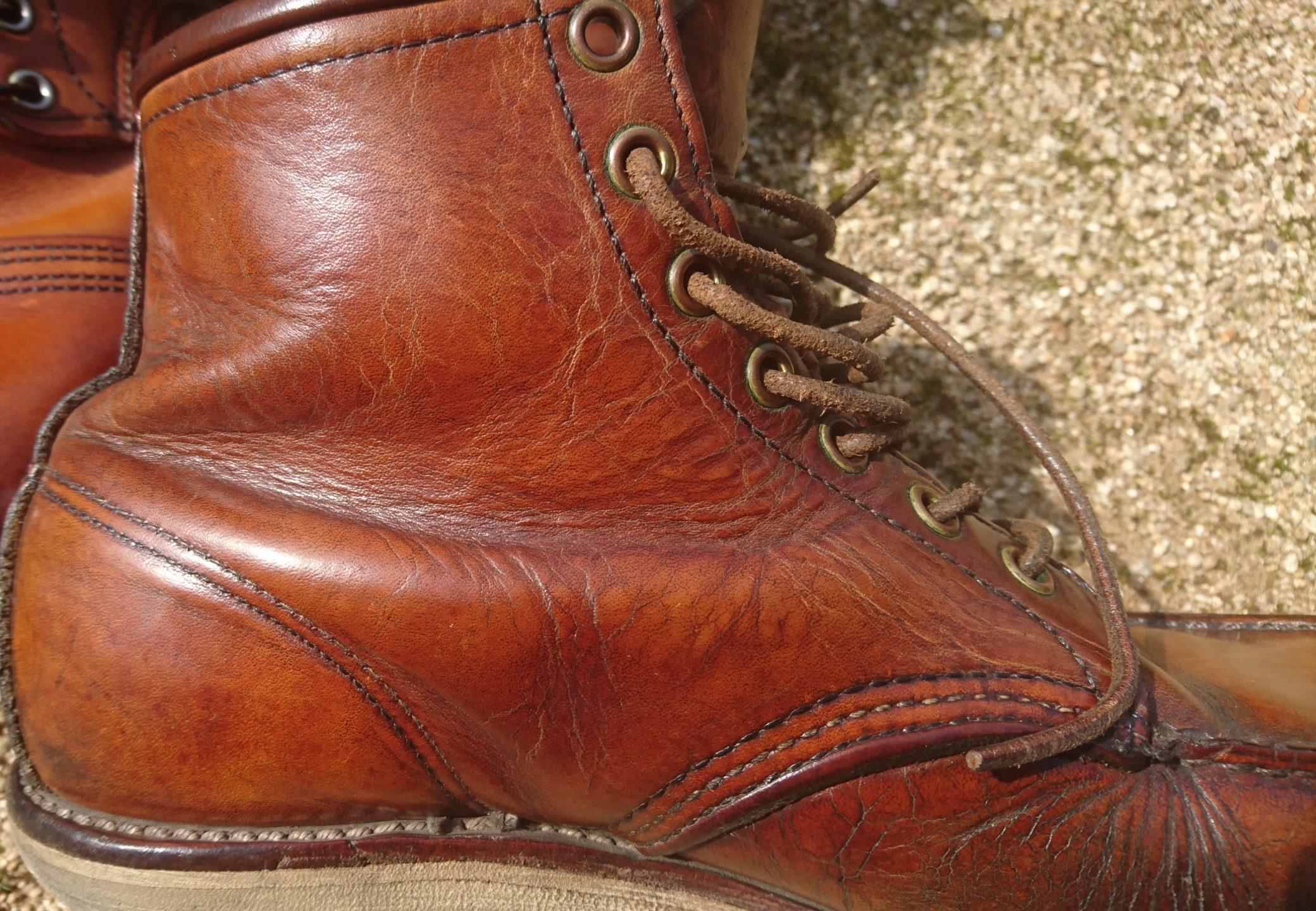 ひび割れのブーツ3