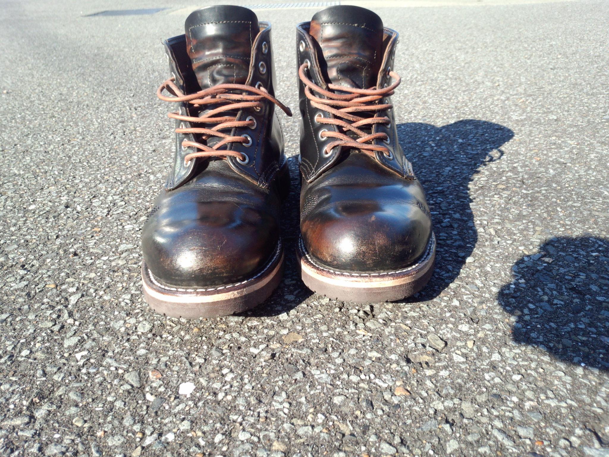 レザー7シューレースのブーツ